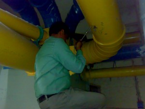 MEASURING INDIVIDUAL DUCTS FOR AIR VOLUME AND STATIC PRESSURES
